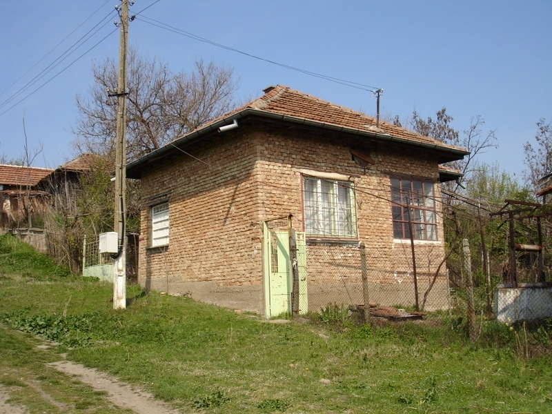 property house in botevo montana bulgaria solid house