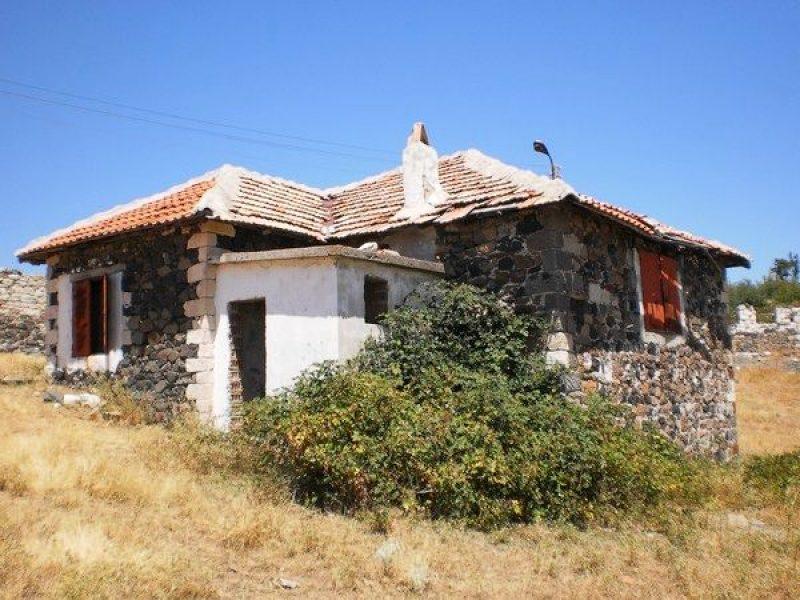 Недвижимость в остров Родопи дом