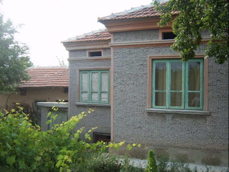 immobilien haus in kamen dobrich bulgarien 92 m2 haus. Black Bedroom Furniture Sets. Home Design Ideas
