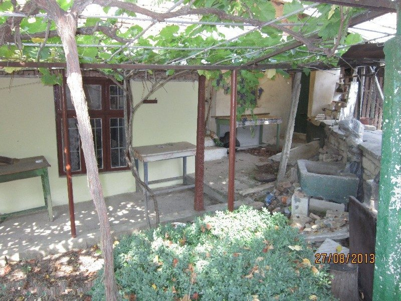 Property House In Pisarevo Shumen Bulgaria House 100