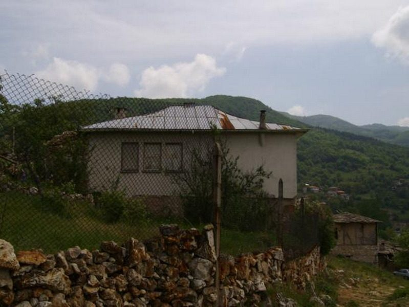 Immobilier zhrebichko pazardzhik bulgarie maison 90m2 for Jardin 90m2