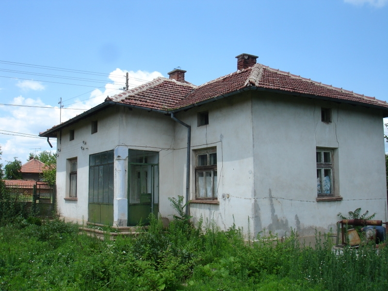 property house in valchedram montana bulgaria cheap