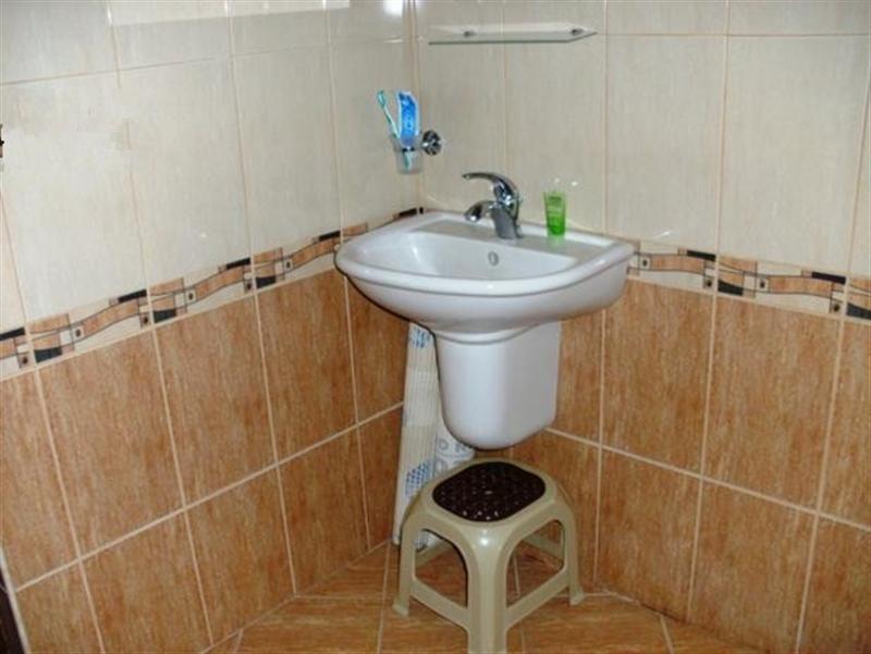 immobilien haus in solnik varna bulgarien haus 120 qm 2 schlafzimmer 2 b der land 1700. Black Bedroom Furniture Sets. Home Design Ideas