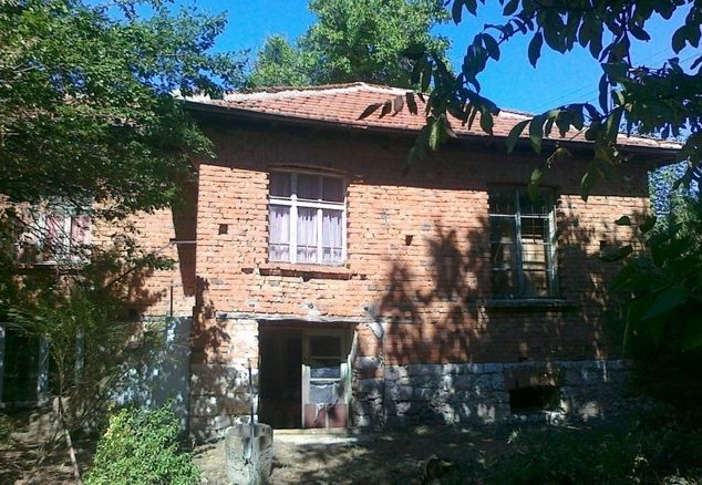 Immobilier granit stara zagora bulgarie maison de 60m2 for Jardin 60m2