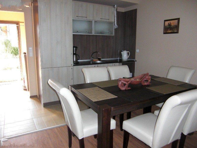 Immobilien haus in rogachevo dobrich bulgarien haus for Wohnzimmer 80 qm