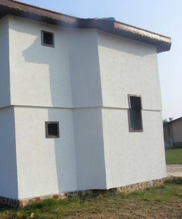 immobilien haus in durankulak dobrich bulgarien 90 m2 fertigzweist ckiges haus 4 zimmer. Black Bedroom Furniture Sets. Home Design Ideas