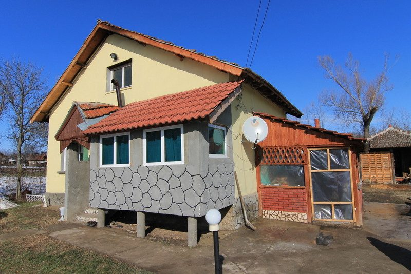 property house in mokresh montana bulgaria 60 sq m