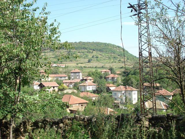 Immobilier lik vratsa bulgarie maison de 60m2 2 for Jardin 500m2