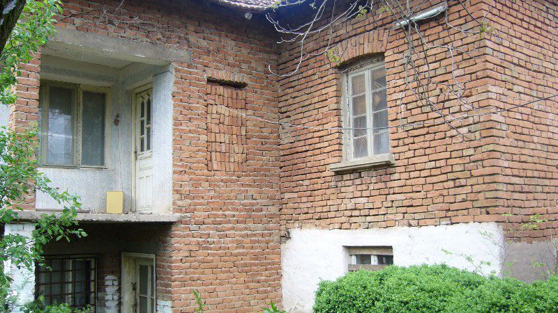 property house in palilula montana bulgaria cheap