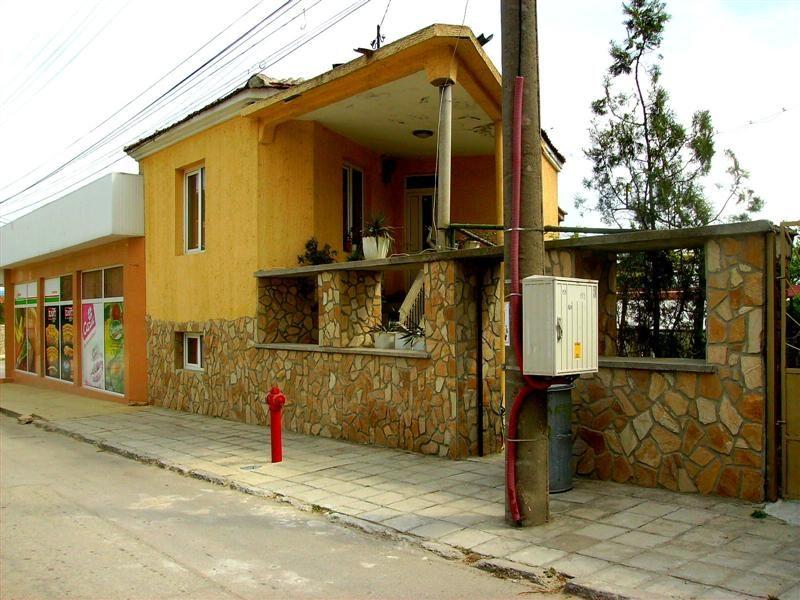 immobilien haus in beloslav varna bulgarien haus 120 qm 3 schlafzimmer badezimmer. Black Bedroom Furniture Sets. Home Design Ideas