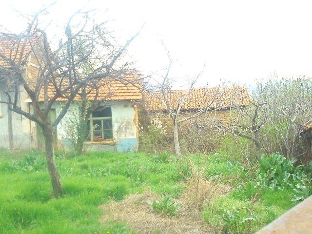 immobilier starosel plovdiv bulgarie maison de 60m2 2 chambres 20 km de hisar station. Black Bedroom Furniture Sets. Home Design Ideas