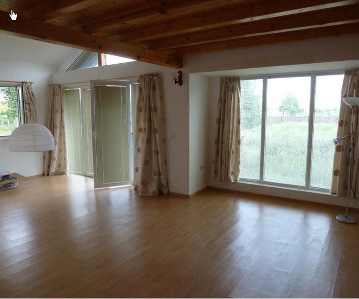 immobilien haus in kumanovo varna bulgarien haus 120 qm 3 schlafzimmer 2 b der 580 m. Black Bedroom Furniture Sets. Home Design Ideas