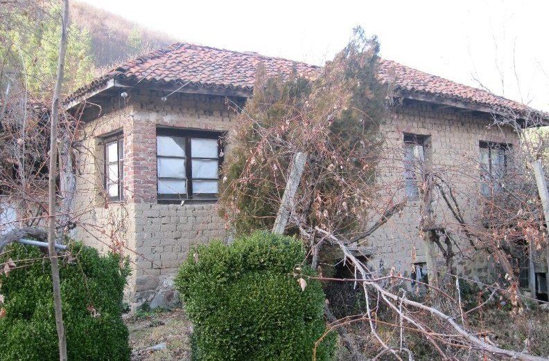immobilier pchelinovo stara zagora bulgarie maison de 60m2 2 chambres coucher au pied de. Black Bedroom Furniture Sets. Home Design Ideas