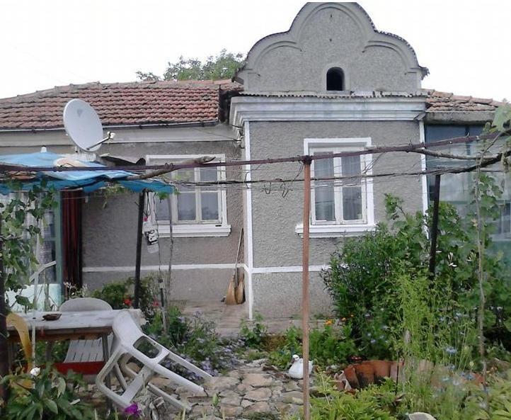 immobilien haus in petrov dol varna bulgarien haus 50 qm grundst ck 750 qm 40 km von varna. Black Bedroom Furniture Sets. Home Design Ideas