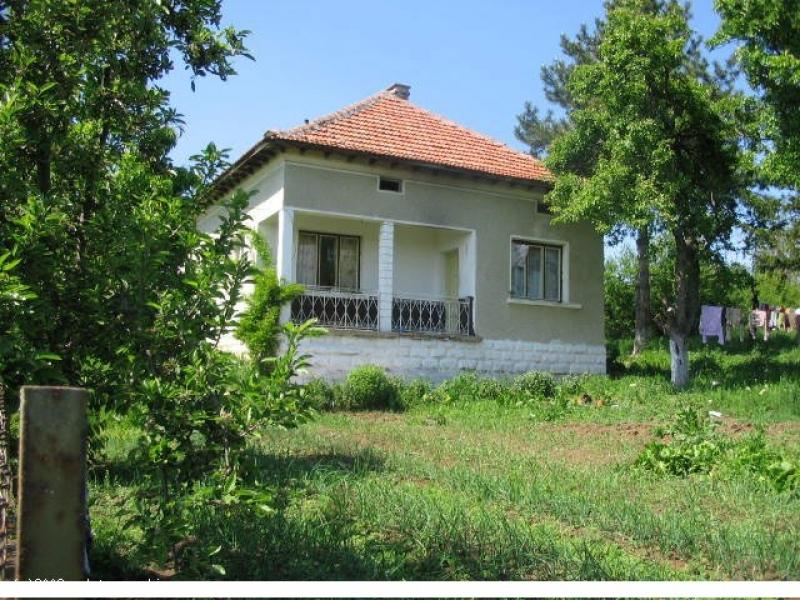 immobilien haus in galatin vratsa bulgarien 80 qm festes haus 2000 qm land 27 km zu vratsa. Black Bedroom Furniture Sets. Home Design Ideas