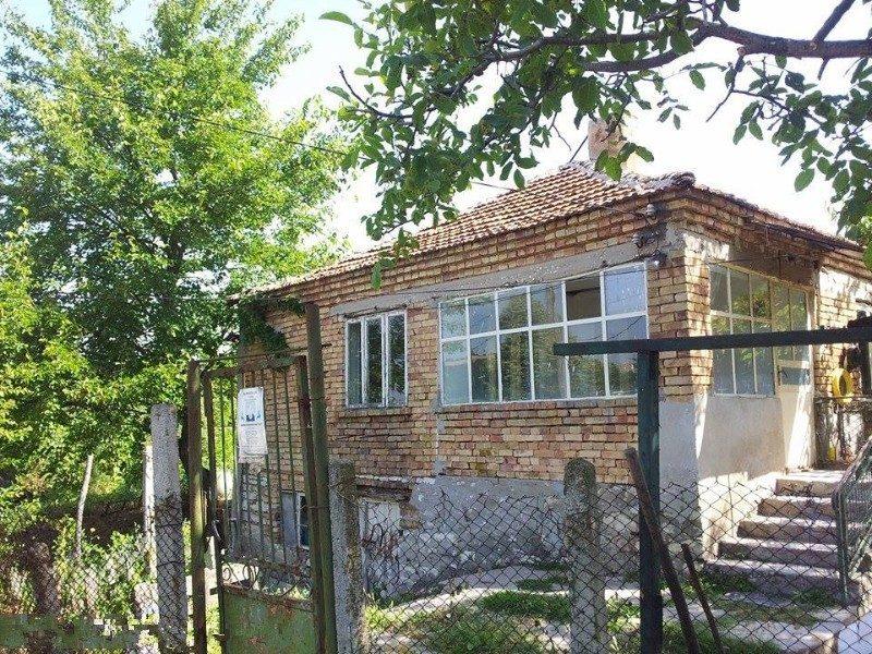 immobilien haus in konstantinovo varna bulgarien haus 90 qm 3 schlafzimmer grundst ck. Black Bedroom Furniture Sets. Home Design Ideas