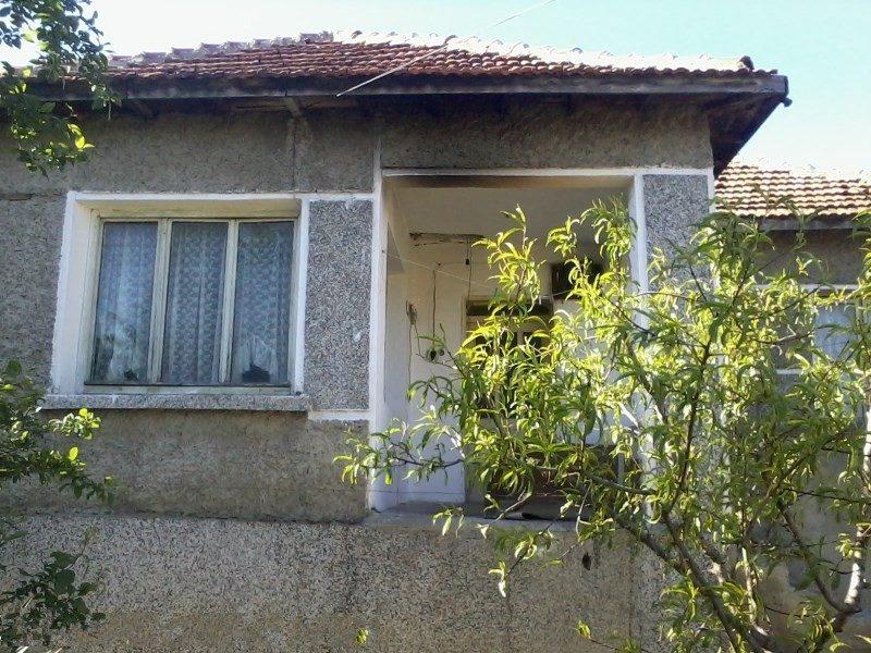 immobilien haus in dolni chiflik varna bulgarien haus 120 qm grundst ck 500 qm stadt. Black Bedroom Furniture Sets. Home Design Ideas