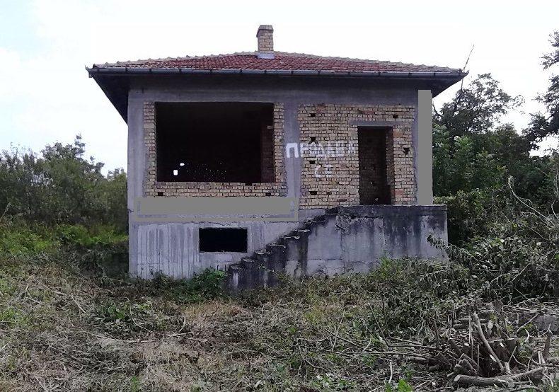 immobilien haus in kamen veliko tarnovo bulgarien. Black Bedroom Furniture Sets. Home Design Ideas
