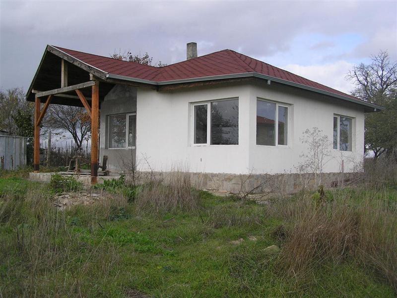 immobilien haus in byala varna bulgarien 70 qm haus 800 m aus dem schwarzen meer land 490 qm. Black Bedroom Furniture Sets. Home Design Ideas