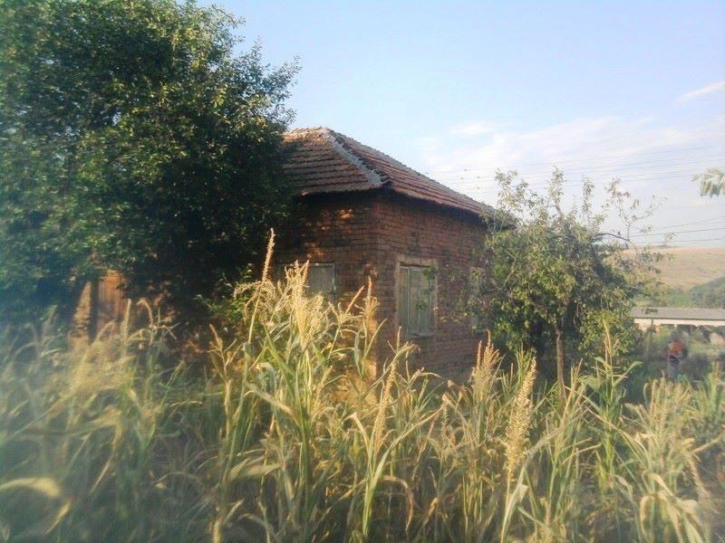 immobilien haus in dragomirovo veliko tarnovo bulgarien haus von 50 qm land 1120 qm in. Black Bedroom Furniture Sets. Home Design Ideas