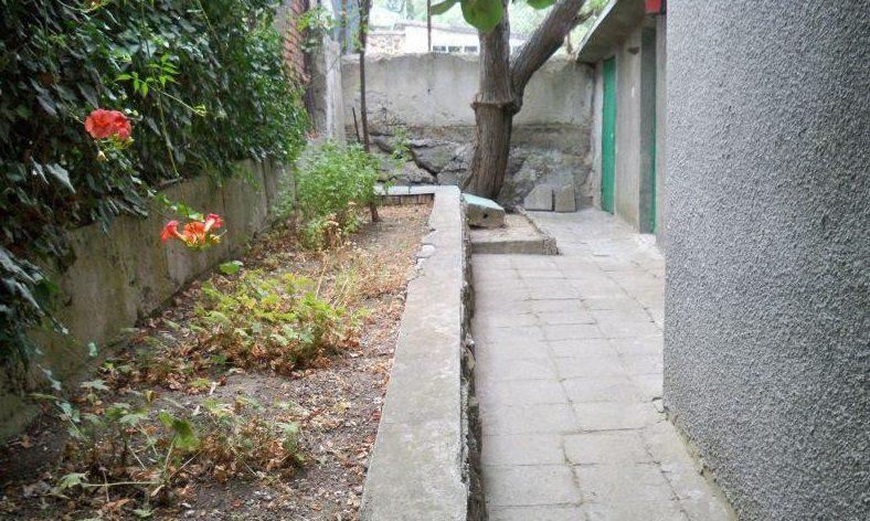 Immobilien haus in rosen burgas bulgarien 120 qm haus for 300 qm garten gestalten