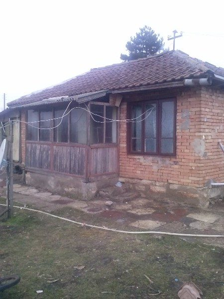 immobilien haus in zograf dobrich bulgarien 50 qm bungalow 2000 qm garten 20 km dobrich. Black Bedroom Furniture Sets. Home Design Ideas