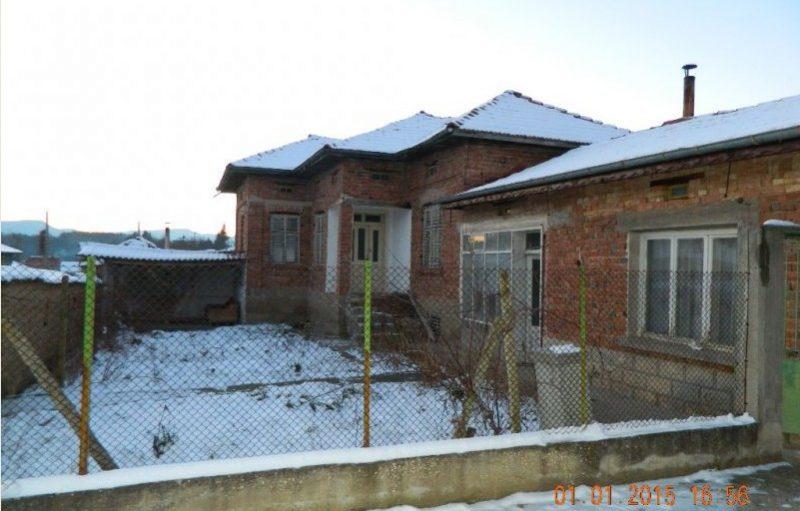 immobilien haus in veselinovo shumen bulgarien 70 qm bungalow 1000 qm garten 35 km shumen. Black Bedroom Furniture Sets. Home Design Ideas