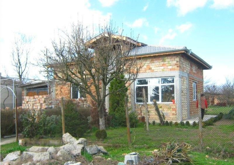 immobilien haus in paskalevo dobrich bulgarien 70 qm bungalow 1000 qm garten 8 km dobrich. Black Bedroom Furniture Sets. Home Design Ideas