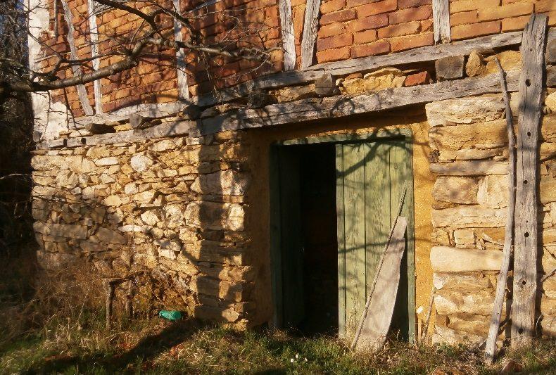 immobilien haus in polska skakavitsa kyustendil bulgarien 50 qm haus 1 schlafzimmer 600. Black Bedroom Furniture Sets. Home Design Ideas