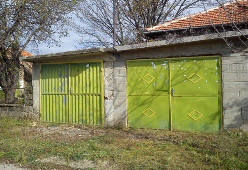 immobilien haus in asparuhovo varna bulgarien 90 qm bungalow 900 m garten in der n he see. Black Bedroom Furniture Sets. Home Design Ideas