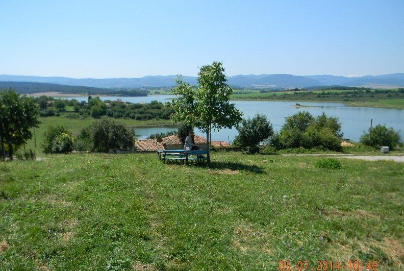 immobilien haus in lovets shumen bulgarien 80 qm haus 1500 qm garten am see 130 km von varna. Black Bedroom Furniture Sets. Home Design Ideas