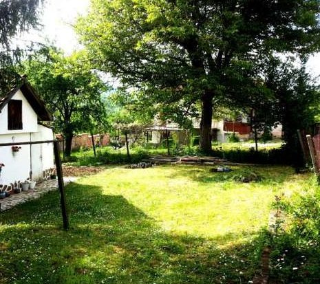 Immobilien haus in priboy pernik bulgarien 50 qm haus for 300 qm garten gestalten