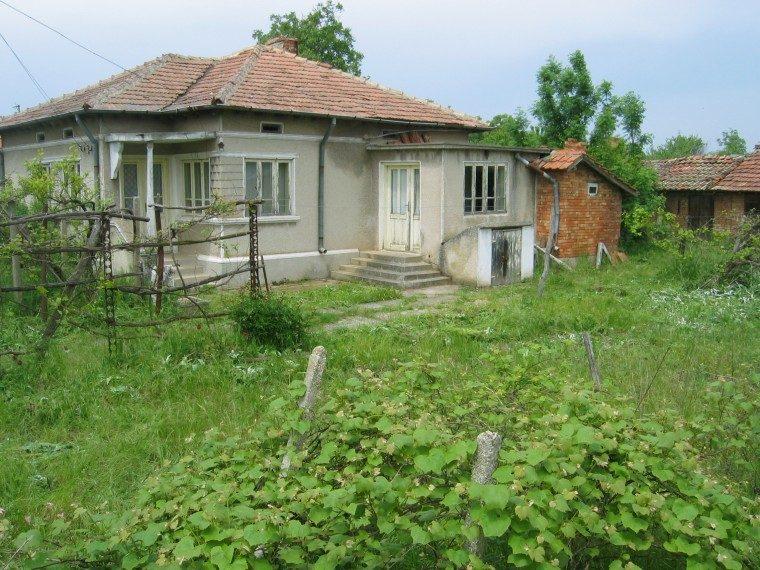 immobilien haus in sokolovo dobrich bulgarien 50 qm. Black Bedroom Furniture Sets. Home Design Ideas