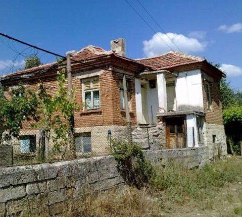 immobilien haus in vezenkovo burgas bulgarien 120 qm haus 2000 qm garten 90 km von burgas. Black Bedroom Furniture Sets. Home Design Ideas