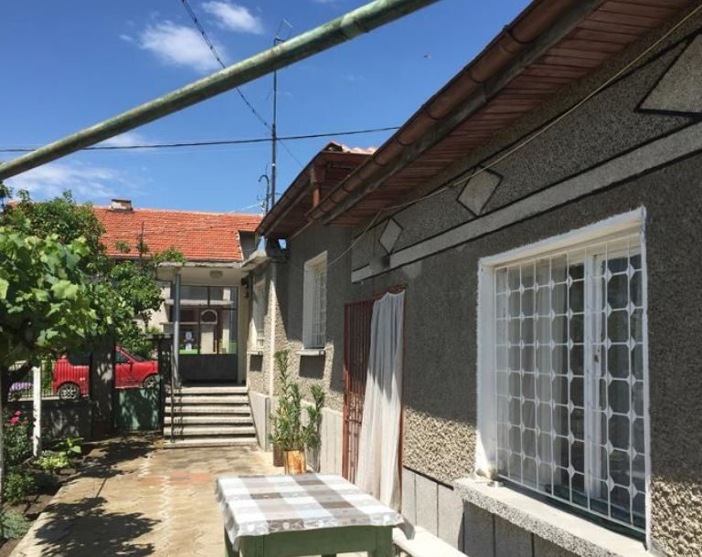 immobilien haus in zetyovo stara zagora bulgarien 90 qm haus 720 qm garten in der n he. Black Bedroom Furniture Sets. Home Design Ideas
