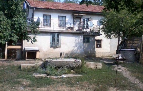 immobilien haus in breznik pernik bulgarien 90 qm haus 1500 qm garten 50 km von sofia. Black Bedroom Furniture Sets. Home Design Ideas
