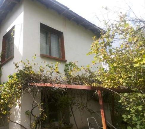 immobilien haus in blateshnitsa pernik bulgarien 80 qm haus 500 qm garten am fu e des. Black Bedroom Furniture Sets. Home Design Ideas