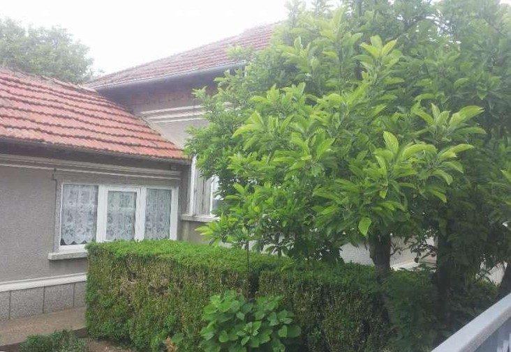 immobilien haus in kolarovo silistra bulgarien 70 qm bungalow 1383 qm garten 30 km nach. Black Bedroom Furniture Sets. Home Design Ideas