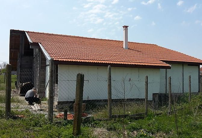 immobilien haus in debelt burgas bulgarien 200 qm scheune projekts neues dach 1018 m. Black Bedroom Furniture Sets. Home Design Ideas