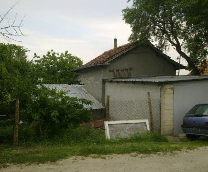 immobilien haus in dobrogled varna bulgarien 50 qm bungalow 800 m garten 15 km nach varna. Black Bedroom Furniture Sets. Home Design Ideas