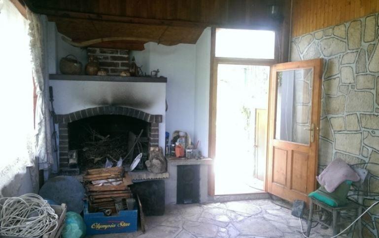 Immobilien haus in hisarya plovdiv bulgarien 80 qm for Wohnzimmer 80 qm