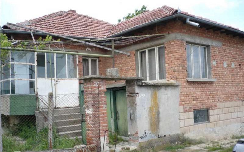 immobilien haus in sava varna bulgarien 70 qm bungalow 2000 qm garten 6 km um dalgopol. Black Bedroom Furniture Sets. Home Design Ideas