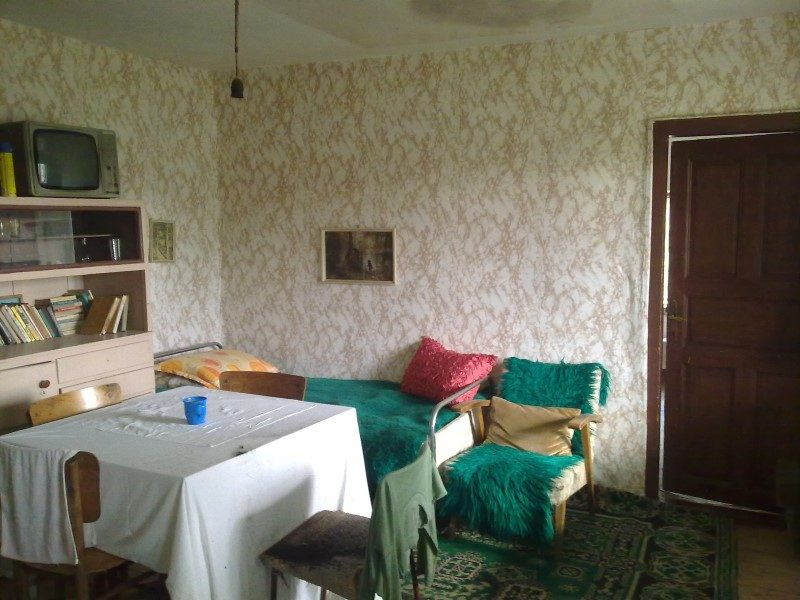 immobilien haus in vidno dobrich bulgarien haus 60 qm k che 3 zimmer grundst ck 2000 qm. Black Bedroom Furniture Sets. Home Design Ideas