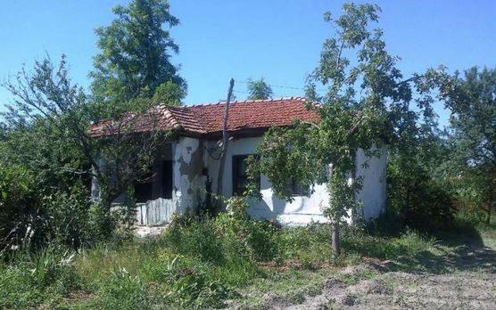 immobilien haus in trilistnik plovdiv bulgarien 60 qm haus 3 schlafzimmer 1600 qm garten. Black Bedroom Furniture Sets. Home Design Ideas