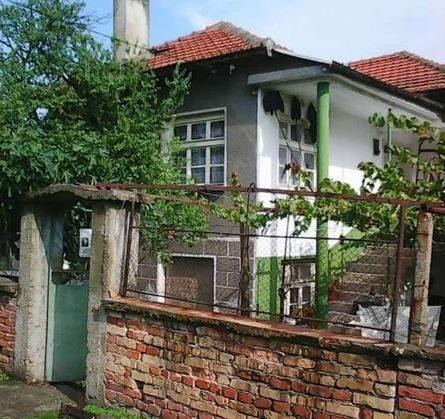 immobilien haus in radetski sliven bulgarien 150 qm haus 7 zimmer 2000 qm garten 140 km. Black Bedroom Furniture Sets. Home Design Ideas