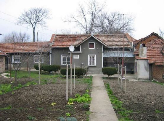 immobilien haus in tlachene vratsa bulgarien 70 qm haus 3 zimmer 500 m garten im inland. Black Bedroom Furniture Sets. Home Design Ideas