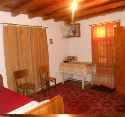 immobilien haus in kereka gabrovo bulgarien 3 schlafzimmer haus 870 qm garten berge. Black Bedroom Furniture Sets. Home Design Ideas