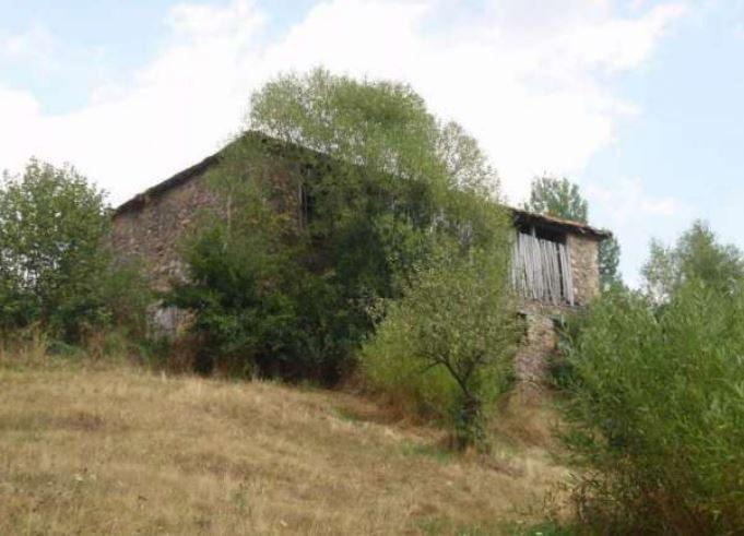 Immobilien haus in gudevitsa smolyan bulgarien 300 qm for 300 qm garten gestalten