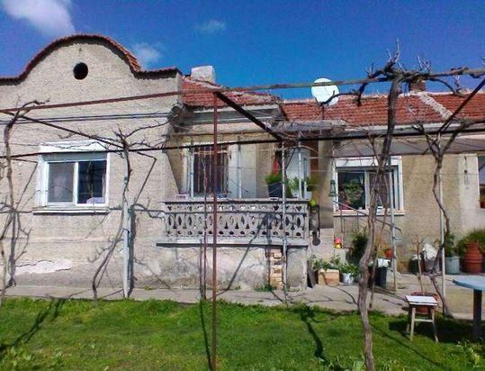 immobilien haus in mladovo sliven bulgarien 70 qm haus 2 schlafzimmer garten 3000 qm 25. Black Bedroom Furniture Sets. Home Design Ideas