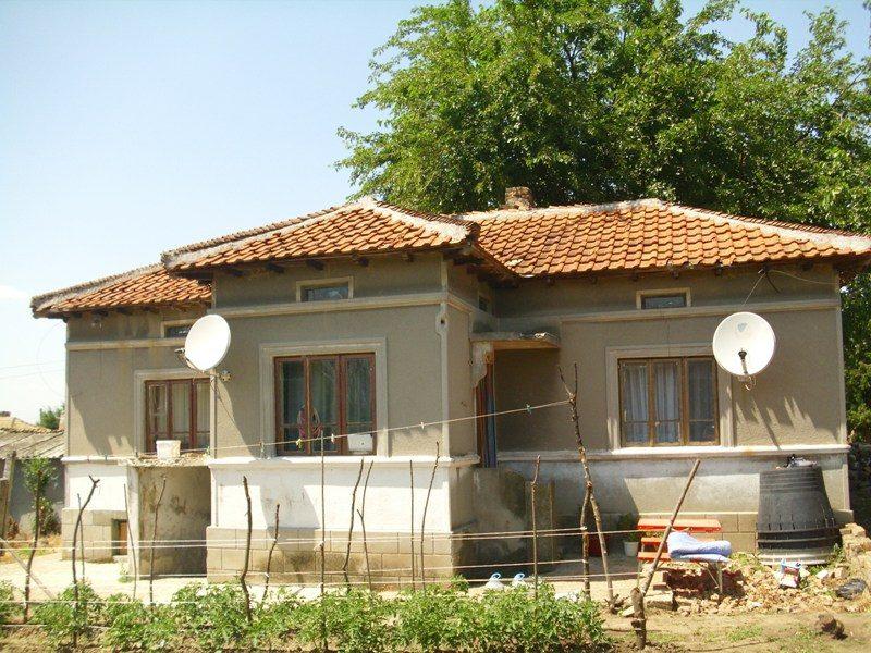 immobilien haus in bozhurovo dobrich bulgarien 60 qm haus 820 qm grundst ck 19 km dobrich. Black Bedroom Furniture Sets. Home Design Ideas